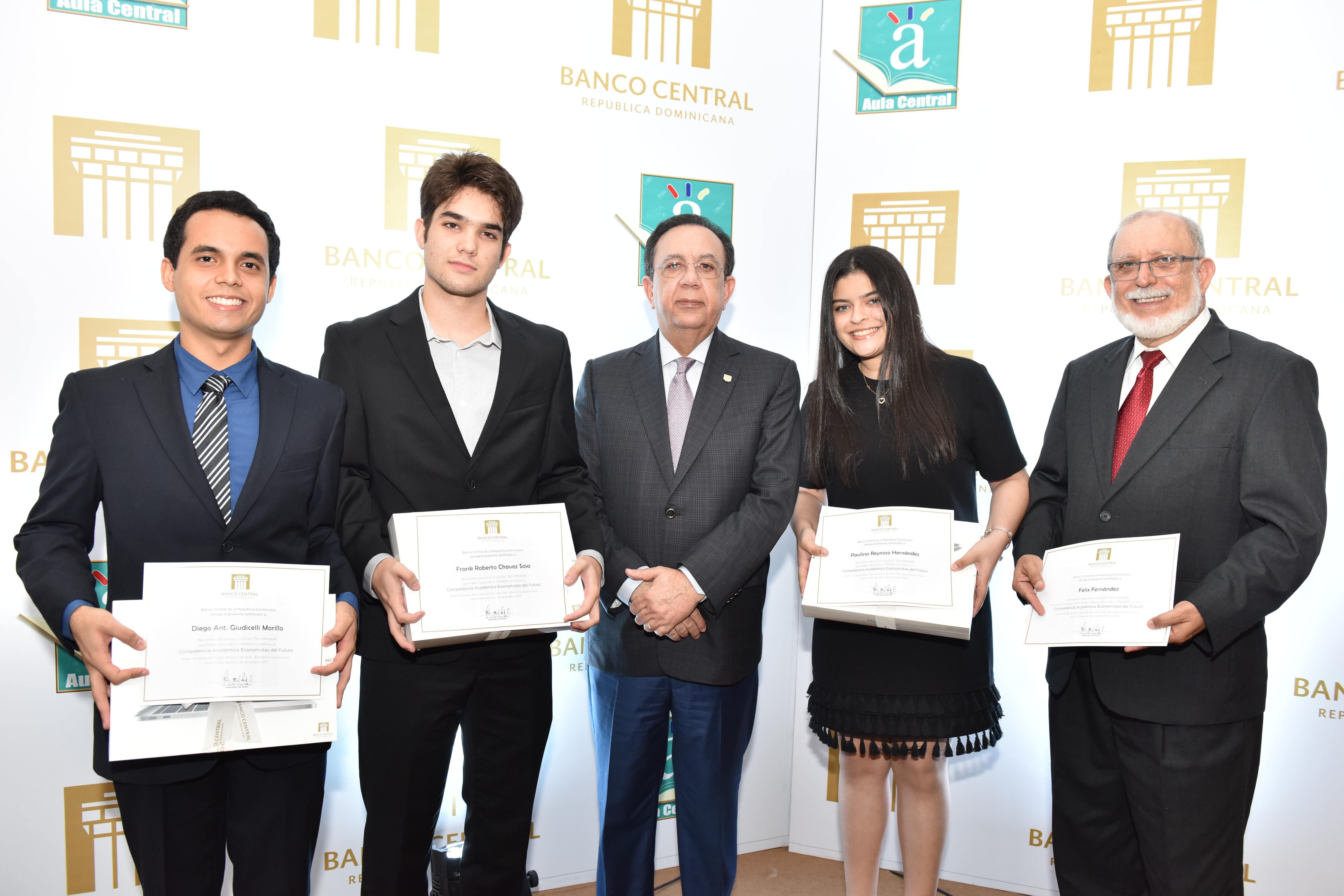 Banco Central premia a jóvenes ' Economistas del Futuro '
