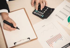 ¿Conviene saldar las deudas de mi negocio?